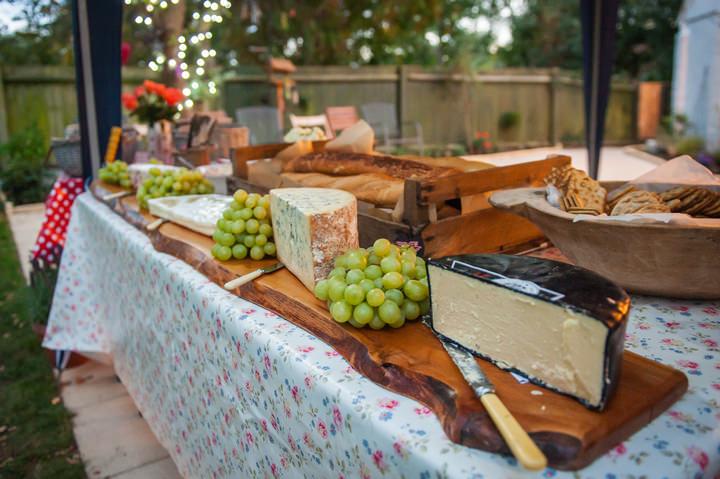 40 DIY Backyard Wedding by Mia Hooper