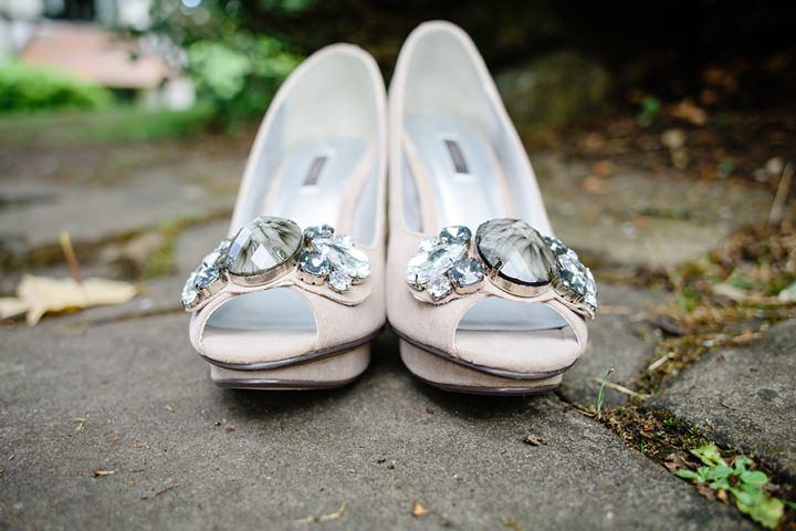 6 DIY Barn Wedding in Surrey By Tux and Tales