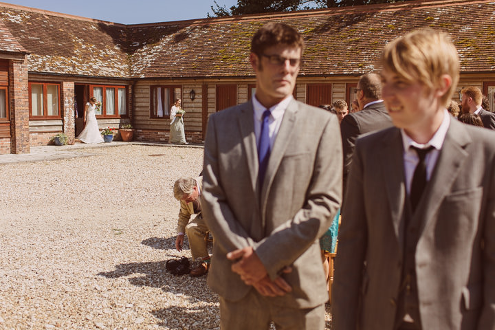 14 Sunny Countryside Barn Wedding By Paul Underhill