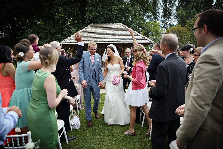 20 Outdoor Tipi Wedding at Bittenham Springs in the Cotswolds