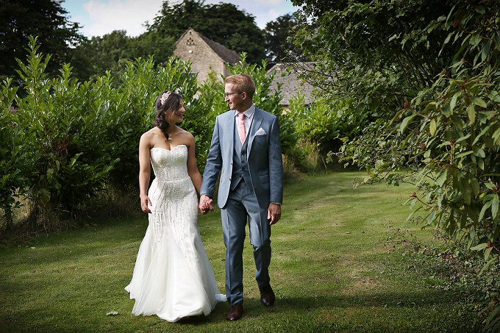 28 Outdoor Tipi Wedding at Bittenham Springs in the Cotswolds