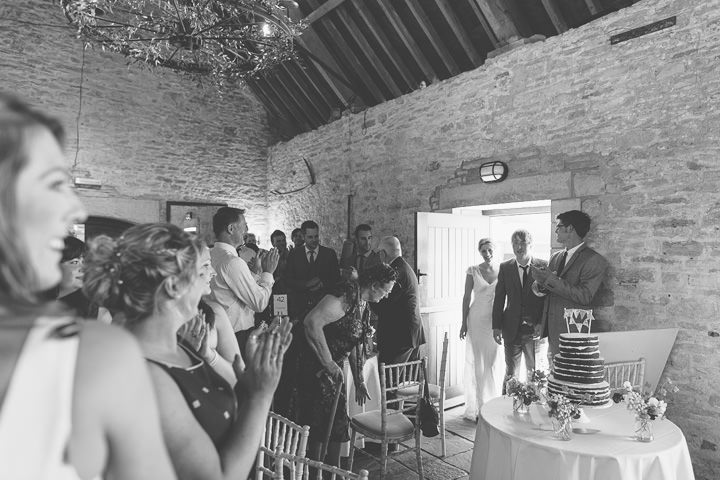 28 Sunny Countryside Barn Wedding By Paul Underhill