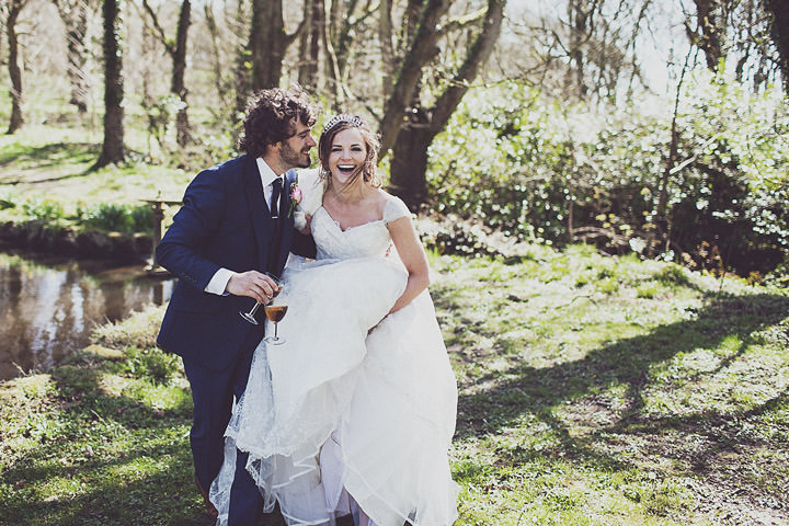 30 Vintage Glam Wedding in North Wales By Anna Hardy