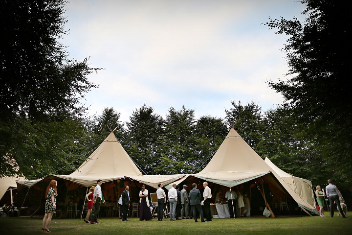 31 Outdoor Tipi Wedding at Bittenham Springs in the Cotswolds