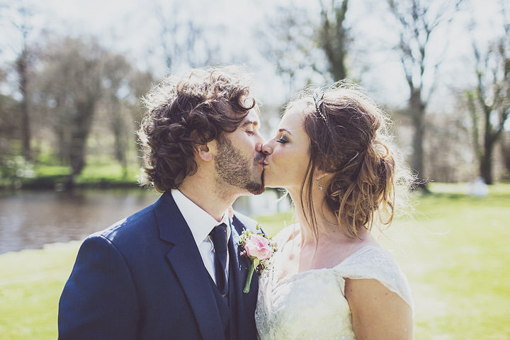 31 Vintage Glam Wedding in North Wales By Anna Hardy