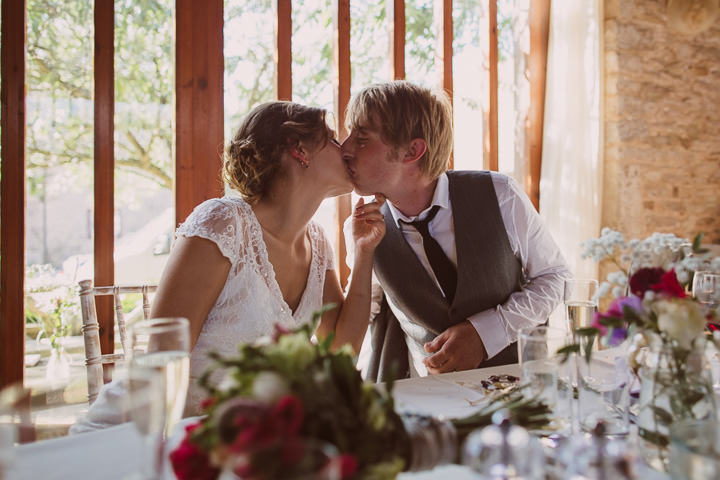 34 Sunny Countryside Barn Wedding By Paul Underhill