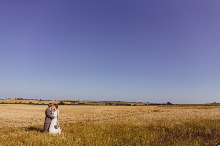 37 Sunny Countryside Barn Wedding By Paul Underhill