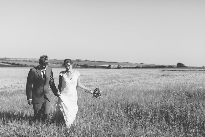 38 Sunny Countryside Barn Wedding By Paul Underhill