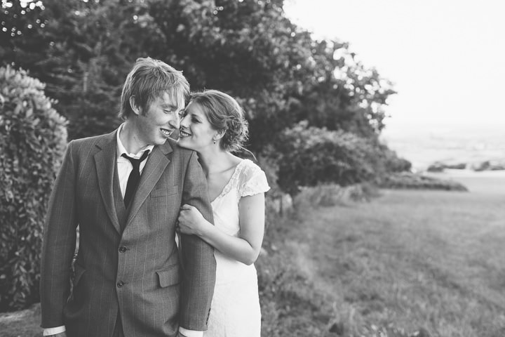 39 Sunny Countryside Barn Wedding By Paul Underhill