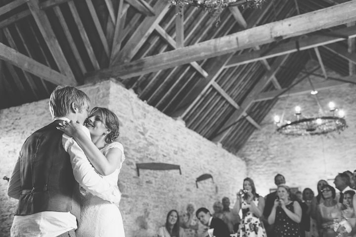 42 Sunny Countryside Barn Wedding By Paul Underhill