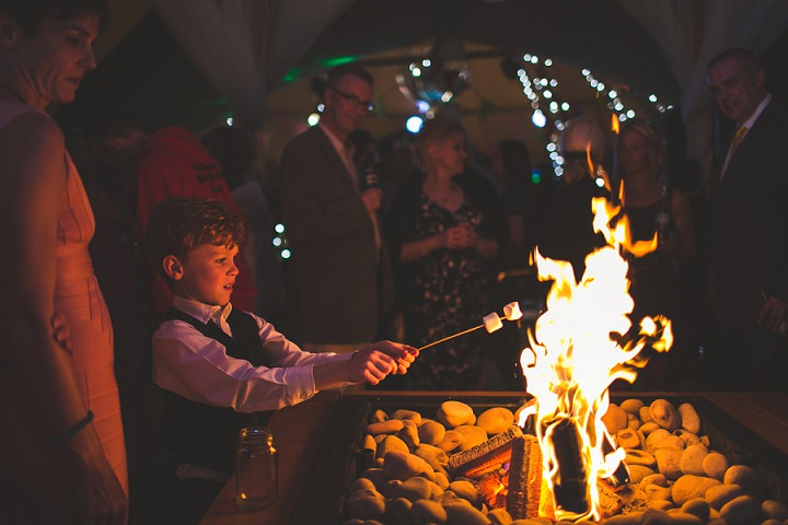 52 Festival Chic Wedding in Leeds By S6 Photography