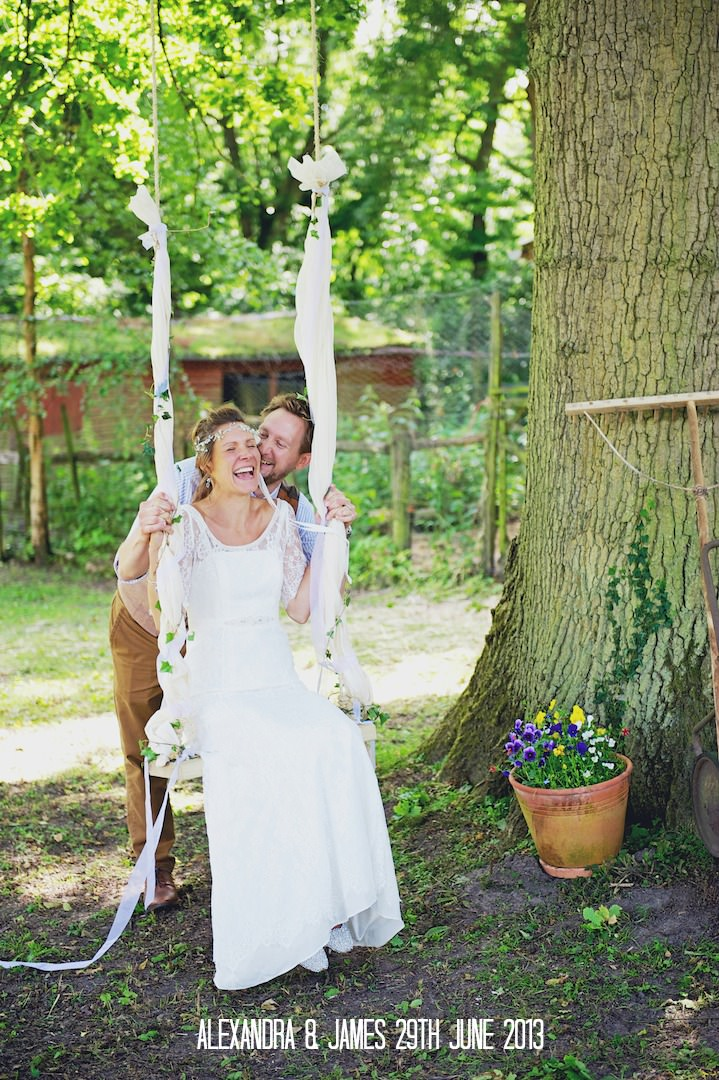 2 Rustic Garden Party Wedding By Candid & Frank Photography