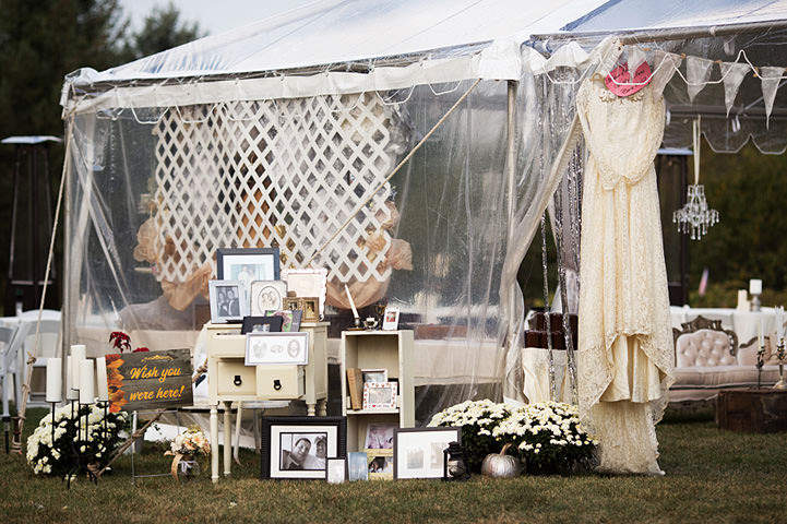 30 Backyard Wedding With a Touch of Autumn Vintage Elegance