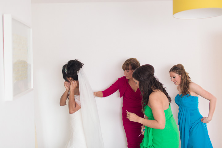 12 Danielle & Andy's Vibrant, Urban Wedding. By Murray Clarke