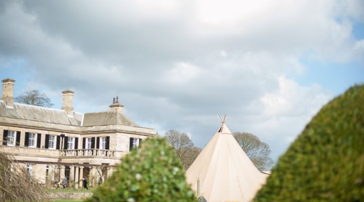 20 Nicola & Harry's Vintage Tipi Wedding. By SDS Photography
