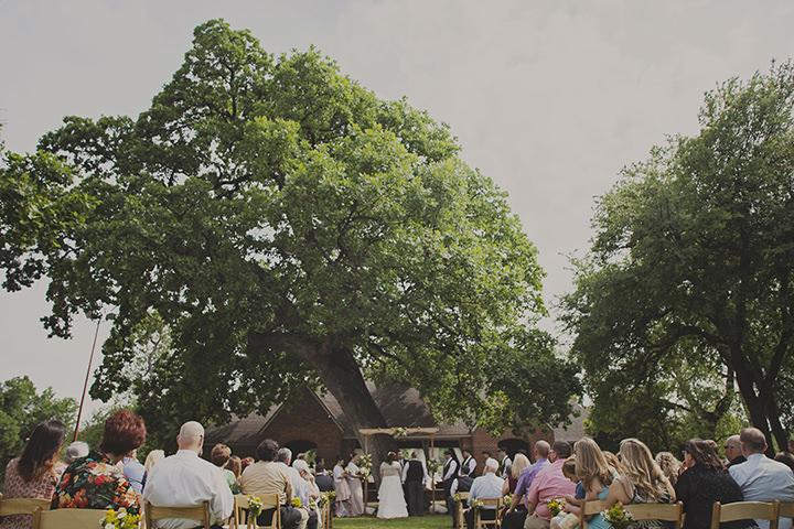 25 Texan Beer Festival Wedding. By Rachael Lindsy