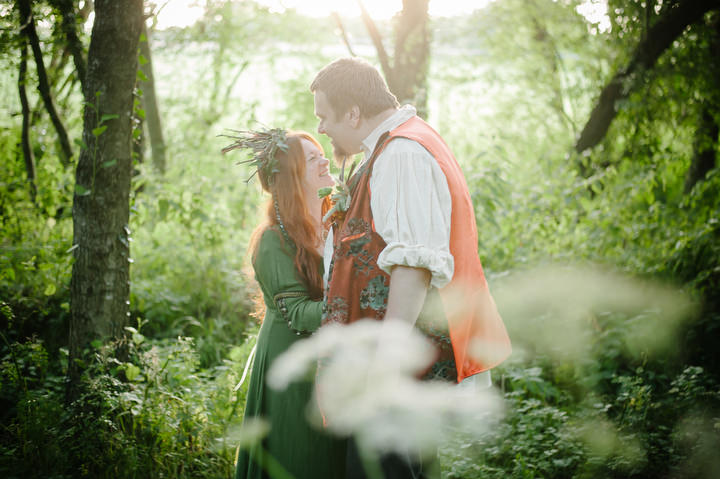 27 New Forest Handfasting. By Lemontree Photography