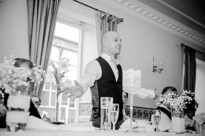 40 Elizabeth & Jonathan's Traditional Knees Up. By Jennifer Peel Photography