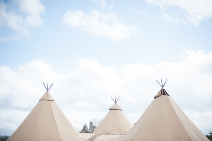 8 Nicola & Harry's Vintage Tipi Wedding. By SDS Photography