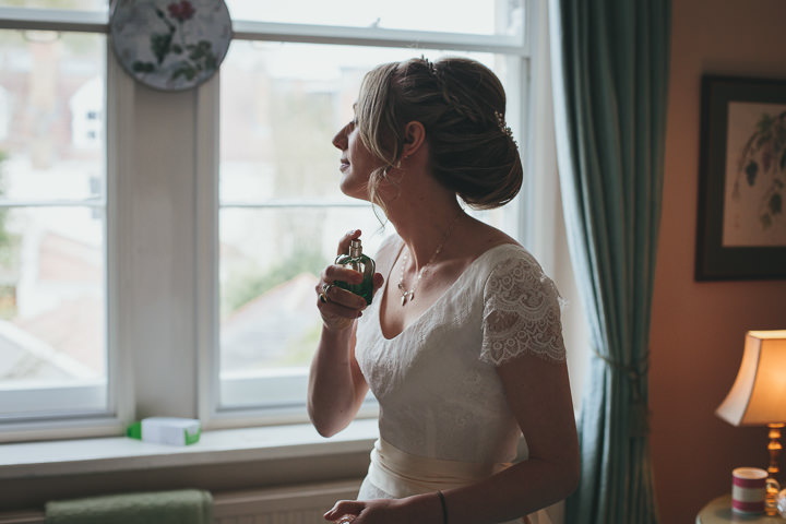 Holly & Ian's wedding_Helen Lisk Photography_Boho Weddings -13
