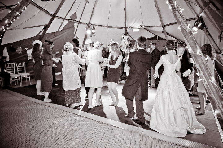 43 Frances & Iain's English Garden Tipi Wedding. By Pam Hordon