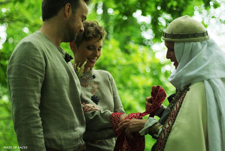 14 Two people One Life - A Pagan Ritual in Europe