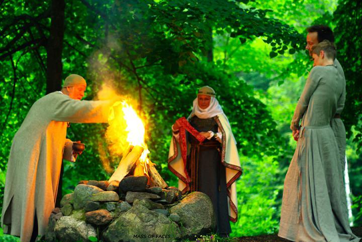 15 Two people One Life - A Pagan Ritual in Europe