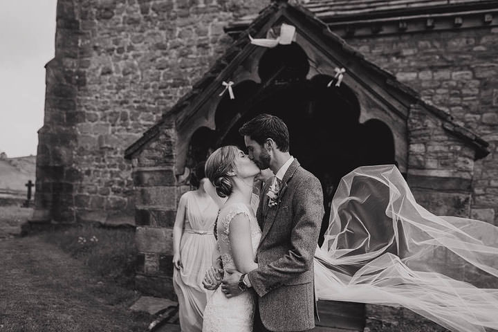 16 Laura & Patrick Informal, Light & Sunny Wedding. By Paul Joseph Photography