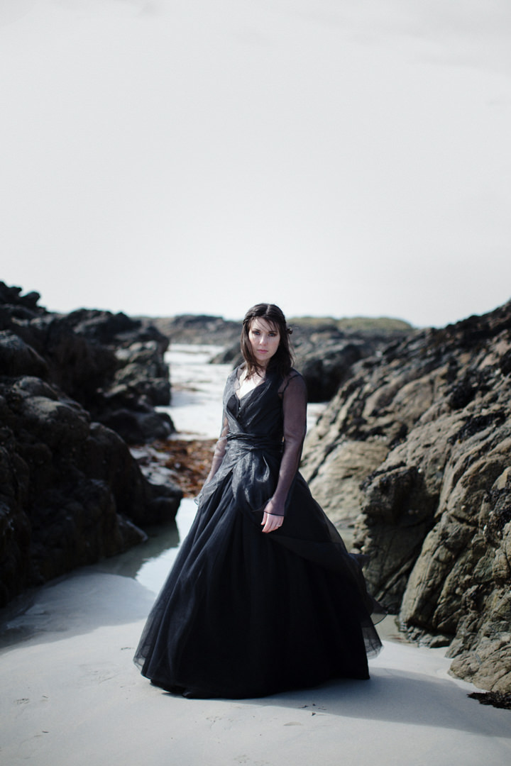 27 Song to the Siren. A Styled Shoot on a Scottish Isle