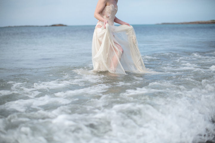 29 Song to the Siren. A Styled Shoot on a Scottish Isle