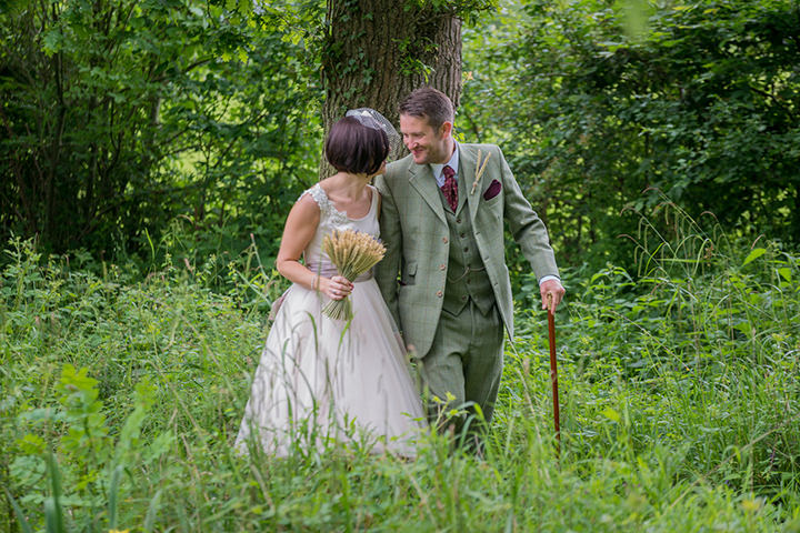 30 Vintage Barn Wedding with a Candy Anthony Dress. By Tom Halliday