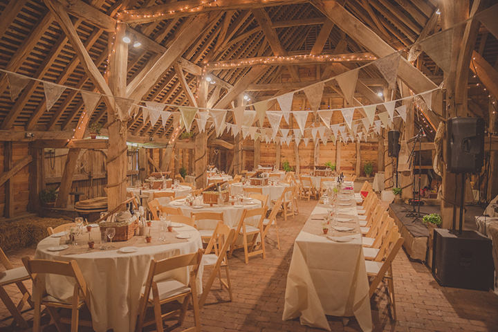 32 Vintage Barn Wedding With A Candy Anthony Dress