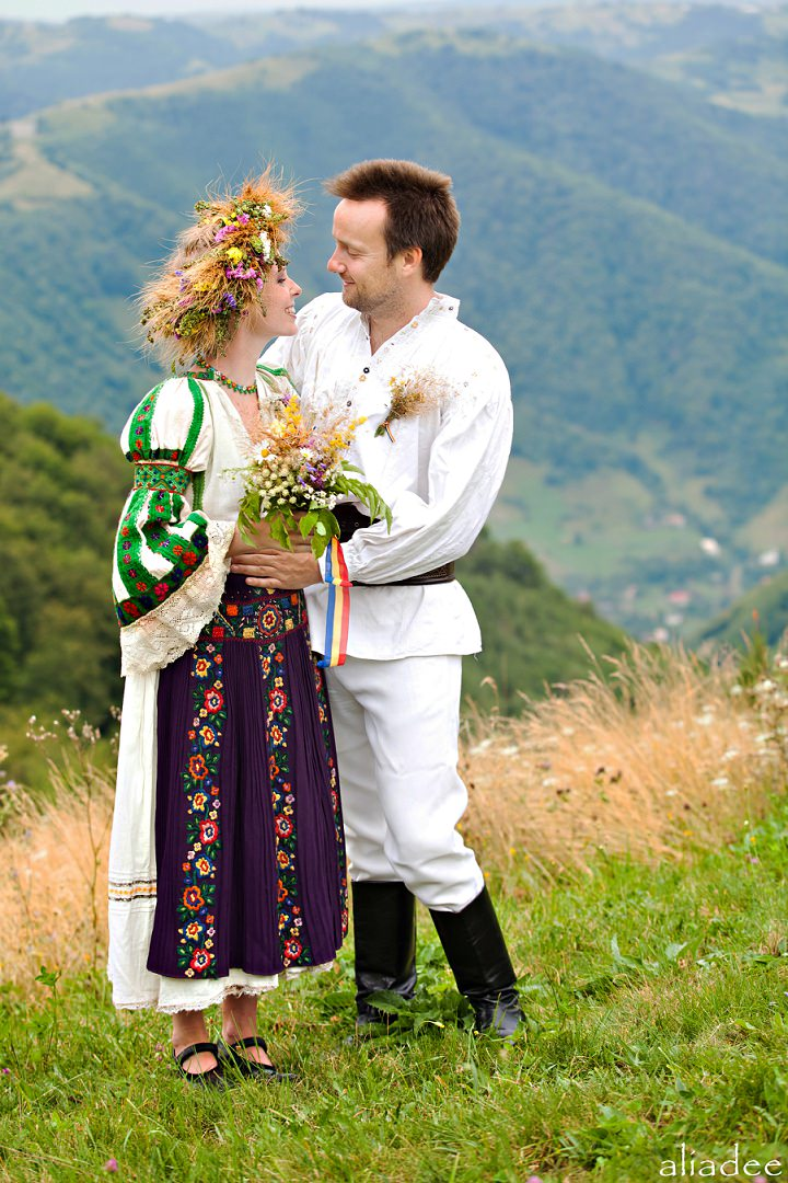 2 People 1 Life Wedding 55 Romanian Wedding In The Heart Of Transylvania