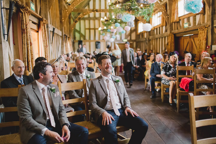 12 Relaxed Barn Wedding By Murray Clarke Potography