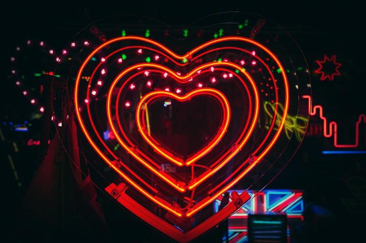 16 Neon Art Love Shoot By Babb Photo