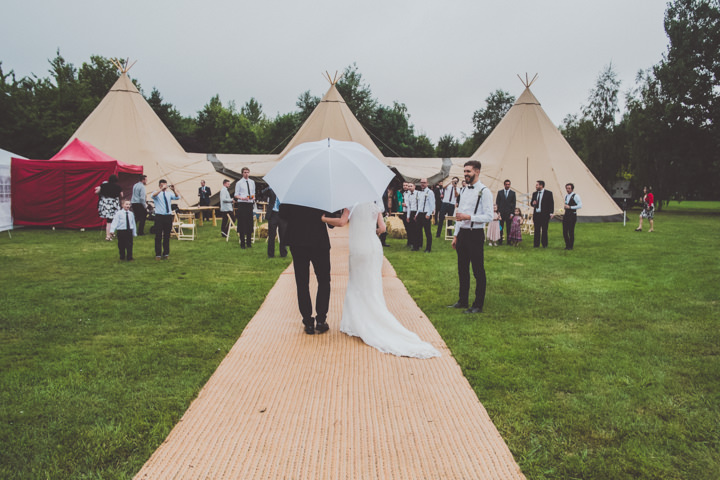 22 DIY Tipi Wedding. By  Eliza Boo