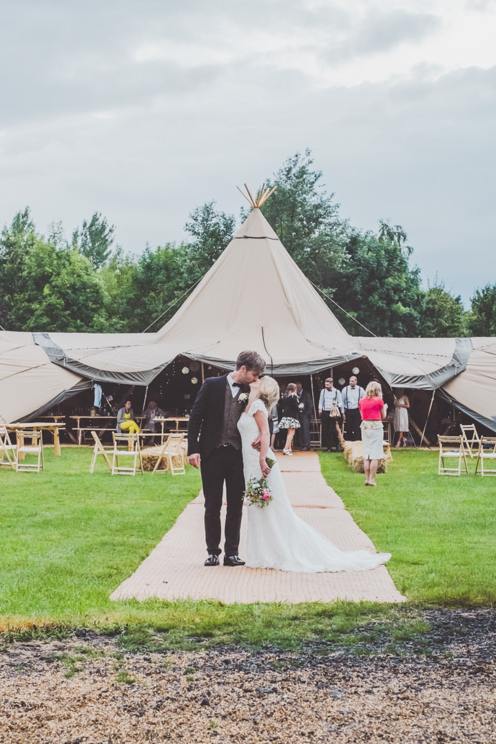 4 DIY Tipi Wedding. By  Eliza Boo