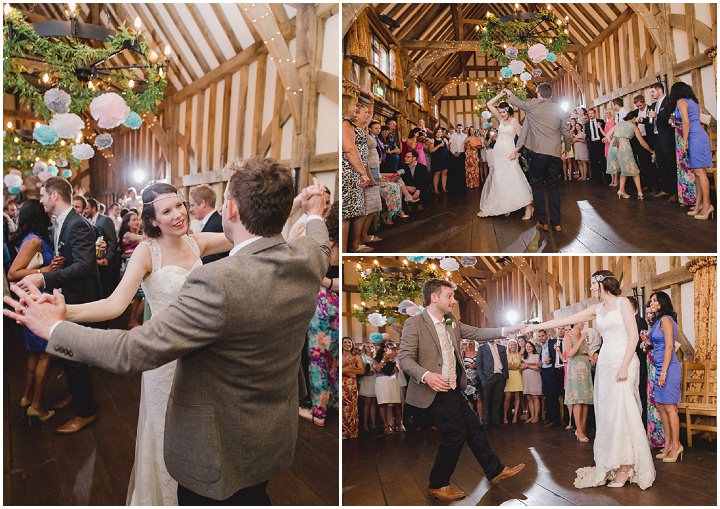 41 Relaxed Barn Wedding By Murray Clarke Potography