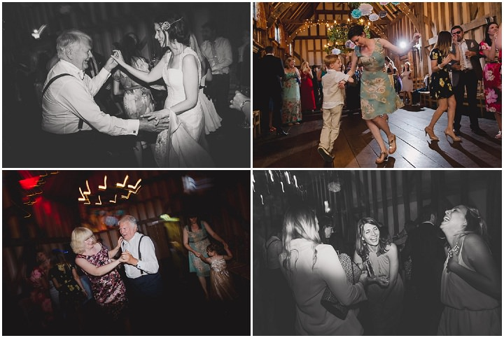 44 Relaxed Barn Wedding By Murray Clarke Potography