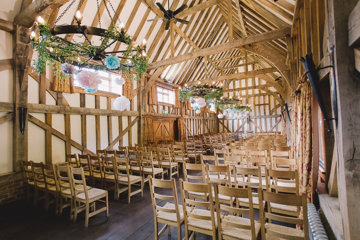 9 Relaxed Barn Wedding By Murray Clarke Potography
