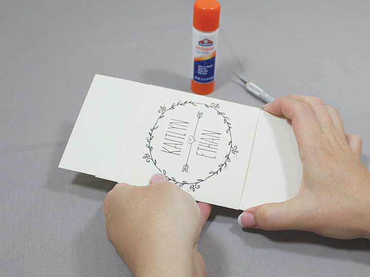 free-diy-doodle-wedding-invitation-finished-belly-band