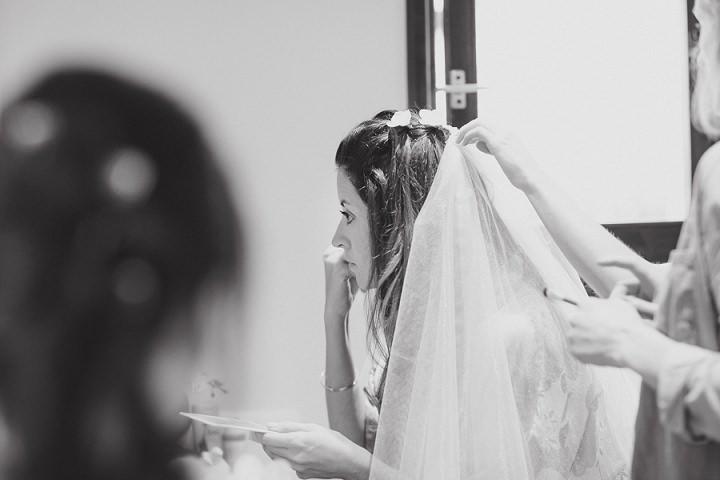 11 Laid Back Garden Wedding By Nicki Feltham Photography