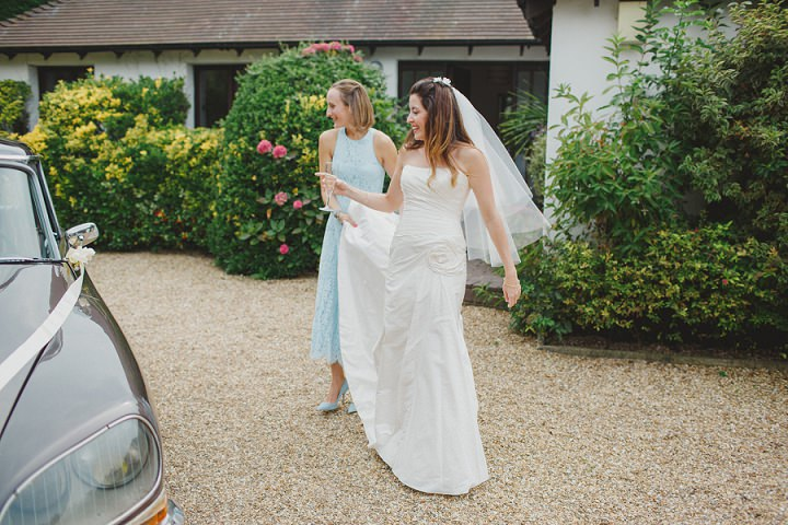 17 Laid Back Garden Wedding By Nicki Feltham Photography