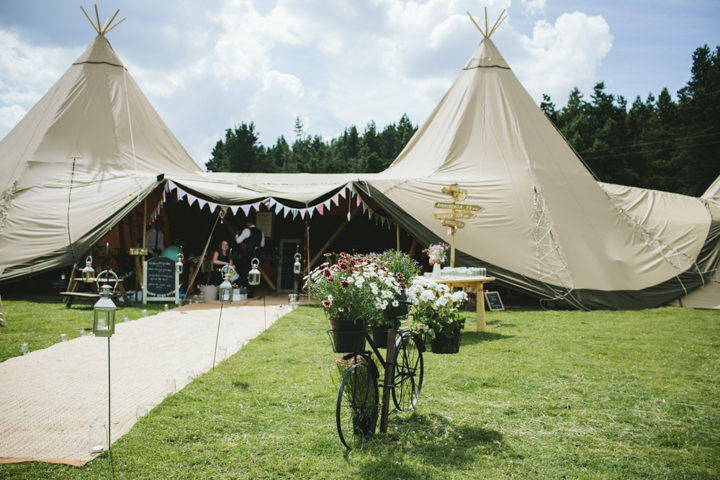 2 Homemade Tipi Wedding By Yvonne Lishman