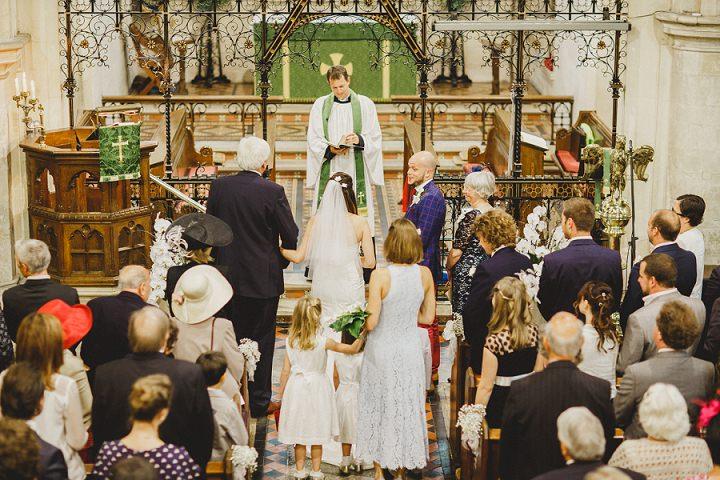23 Laid Back Garden Wedding By Nicki Feltham Photography