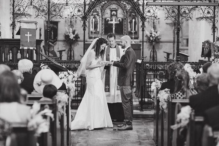 24 Laid Back Garden Wedding By Nicki Feltham Photography