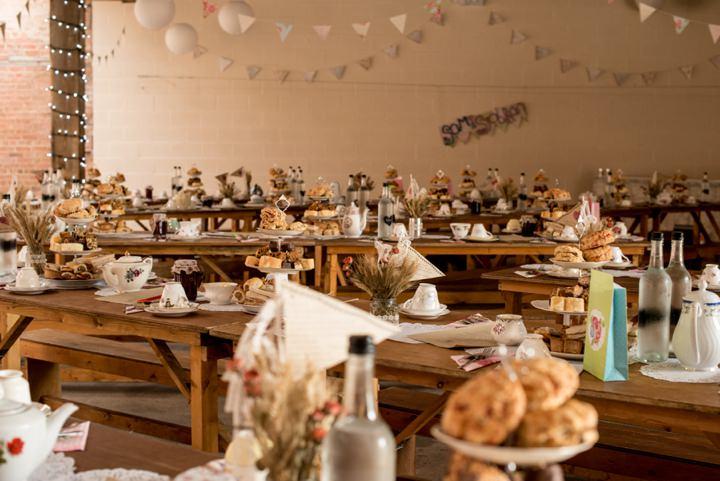 26 DIY Barn Wedding By D J Archer Photography