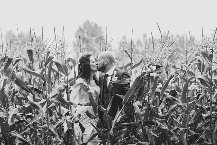 38 Laid Back Garden Wedding By Nicki Feltham Photography