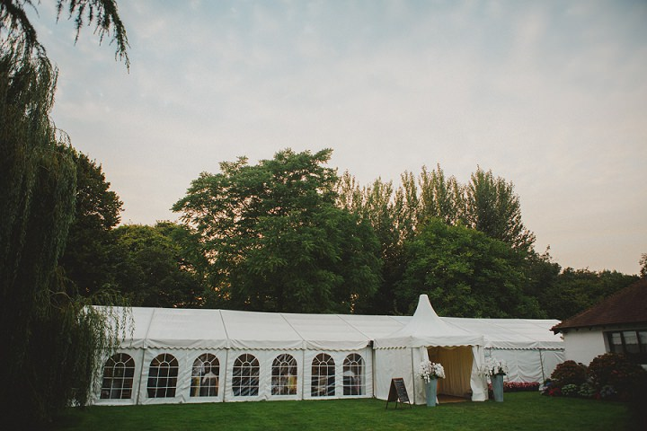 41 Laid Back Garden Wedding By Nicki Feltham Photography