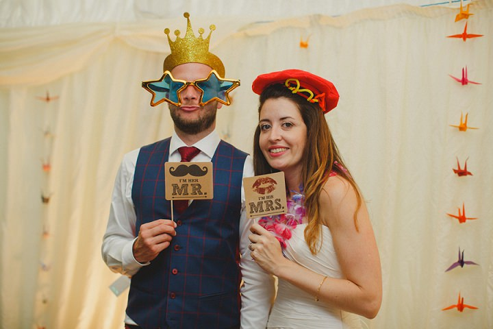 47 Laid Back Garden Wedding By Nicki Feltham Photography